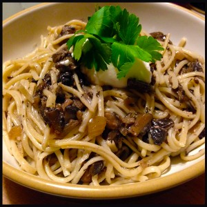 Linguine in Red Wine and Wild Mushroom Sauce